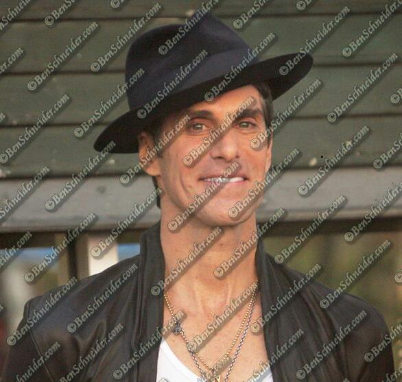 Perry Farrell (Jane's Addiction)